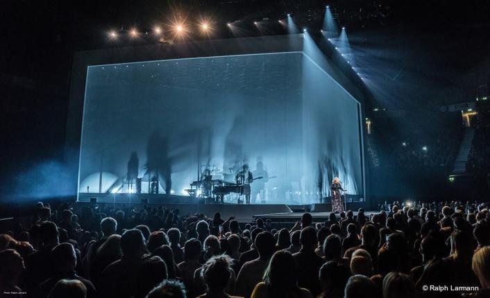 Adele Live 2016 Manchester