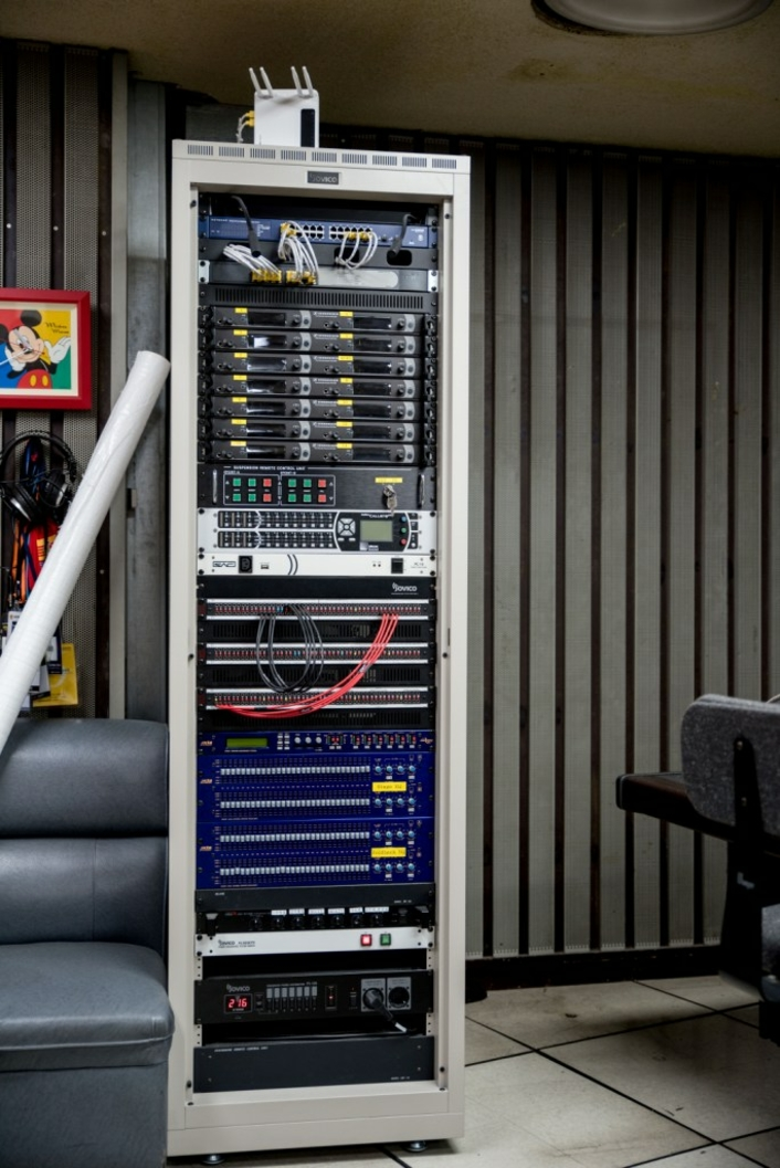 FreeSpeak II replaces radio system, enabling reliable communication and superior sound quality