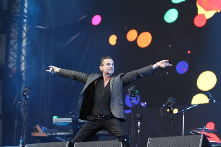 Depeche Mode uses a wide range of beyerdynamic products on its world tour