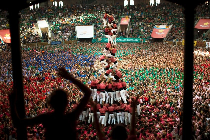 Spain plays host to human towers