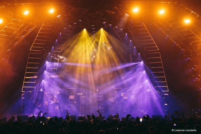 Mandylights deploys cutting-edge Martin Sceptron and Axiom lighting fixtures on Beast Coast's Escape From New York tour to create mesmerizing lighting displays.