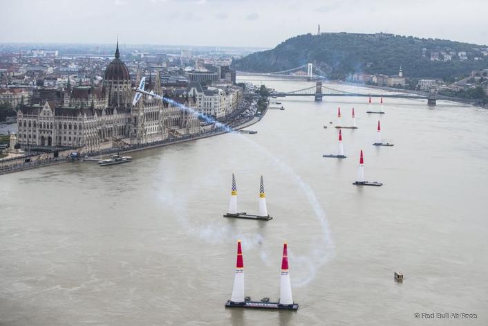 Dolderer wins historic 70th Red Bull Air Race in Budapest thriller