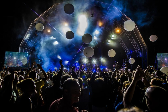Icon Broadcast Group integrates Social Media in Festival Live Production