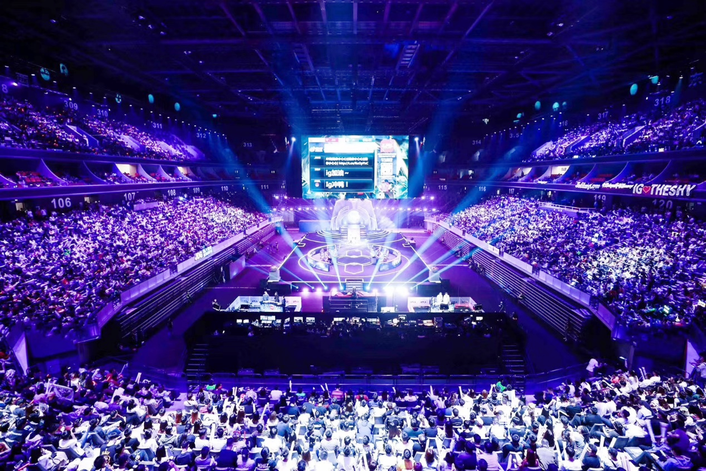 """From September 6th to September 8th, 2019, the 8th Anniversary Carnival of LPL """"League of Legends"""" was staged at the Shanghai Mercedes-Benz Cultural Center"""