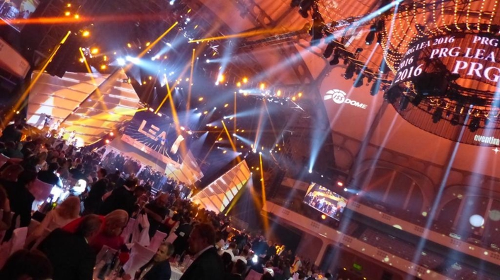 Glamorous gala event in Frankfurt's Festhalle