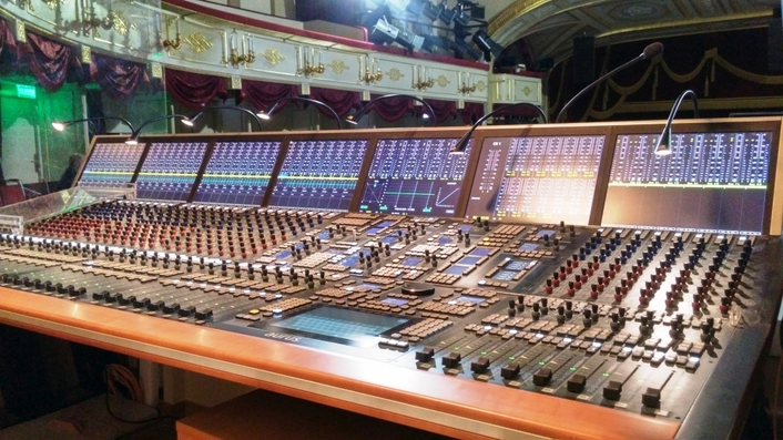 Maly Theatre in Moscow modernises sound control room with Stage Tec's AURUS platinum