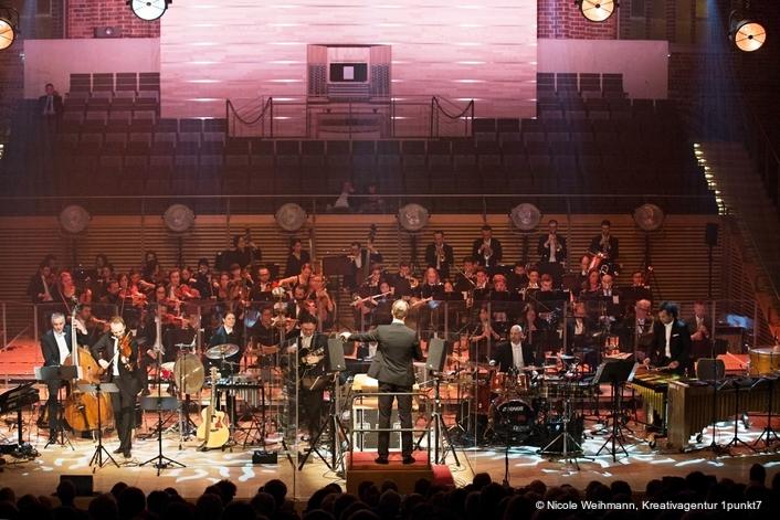 The Neue Philharmonie Berlin on Tour with Stage Tec