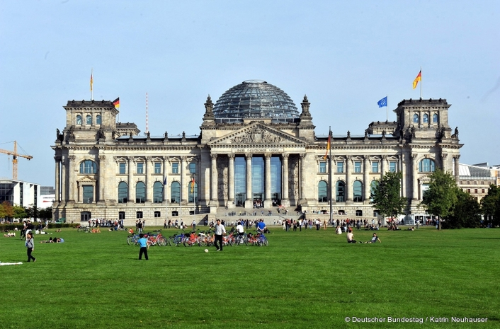 NEXUS for the PA system in the German Bundestag  A Siemens and Stage Tec joint project