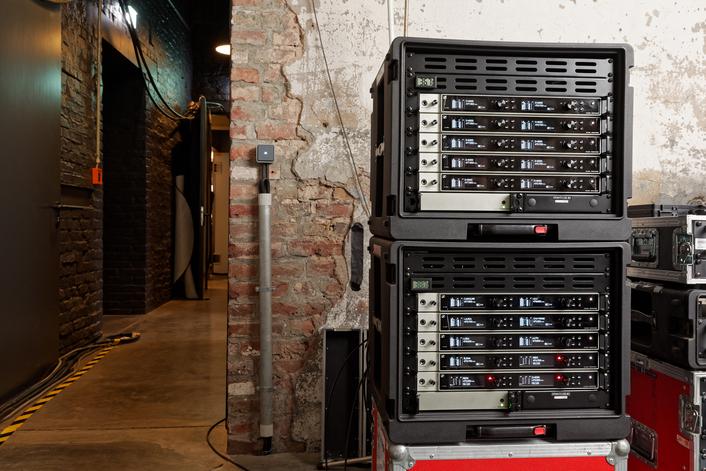 A rose for Sennheiser Digital 6000 wireless systems