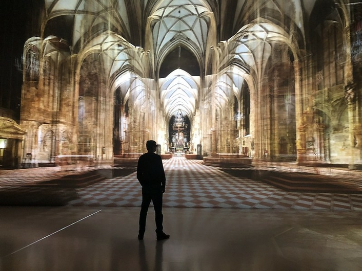 Virtual High-Resolution Interactive 3D Tour of Vienna's St. Stephen'sCathedral in Deep Space 8K