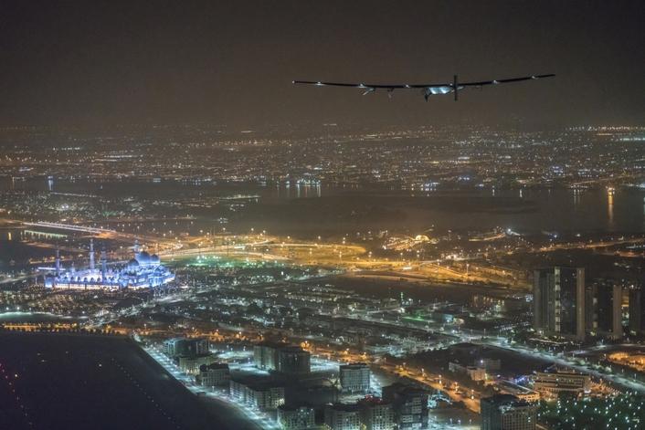 Solar Impulse 2 Arrives in Abu Dhabi