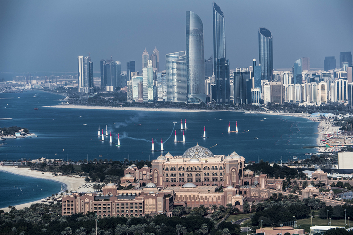 Cleared into the track: 2019 Red Bull Air Race season kicks off in Abu Dhabi on February