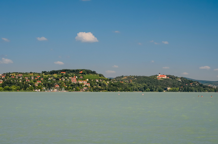 Historic first for Lake Balaton: Red Bull Air Race takes off on 13-14 July