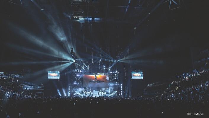 Claypaky Packs a Punch for Davido at London's O2 Arena