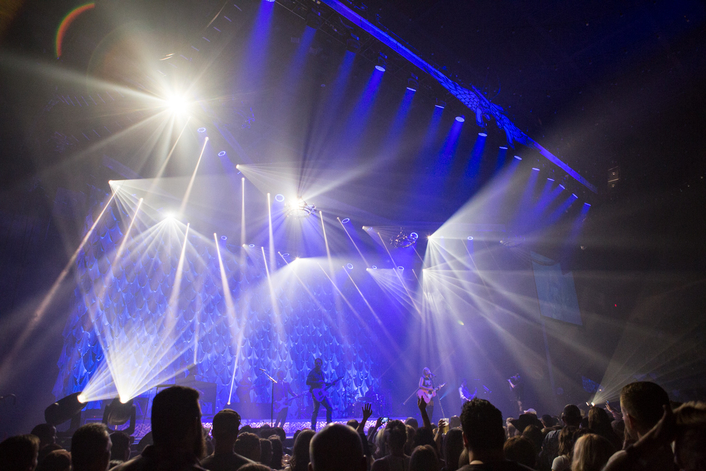 Country superstar Miranda Lambert is back on tour with Clay Paky A.leda B-EYE K20s lighting the way