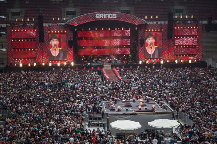 DLIVE MANAGES STADIUM GIG IN GERMANY