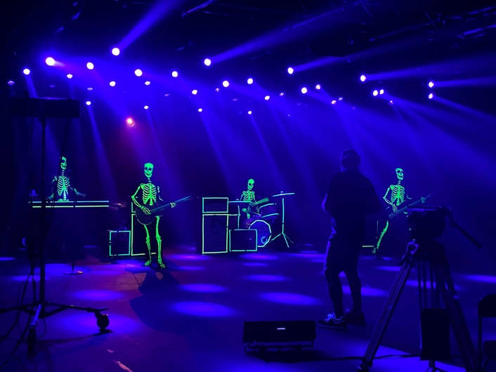 """Brothers Osborne """"All Night"""" video shoot gets Elation touch"""