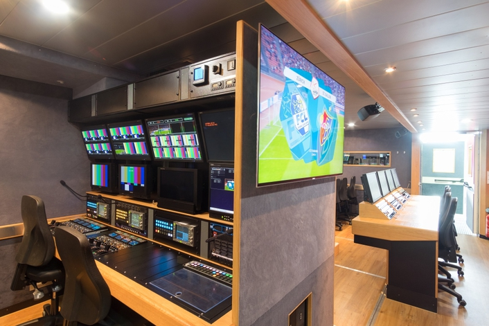 Thanks to Panasonic's AK-UC3000 and NEP's new OB truck, viewers can watch selected Swiss Raiffeisen Super League 2016/2017 football matches in Ultra High Definition (UHD)