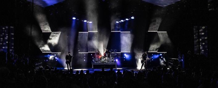 BANDIT LITES BACKS CHEVELLE SUMMER TOUR