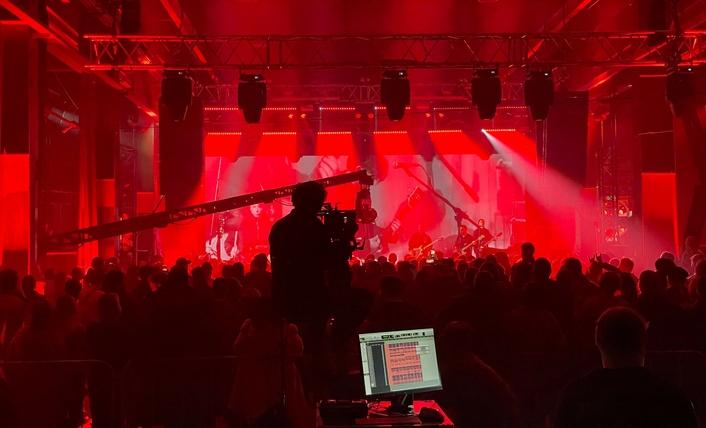 Online Reunion Concert by Legendary Russian Rock Band KINO Marks World Debut of Claypaky Tambora Batten Fixtures