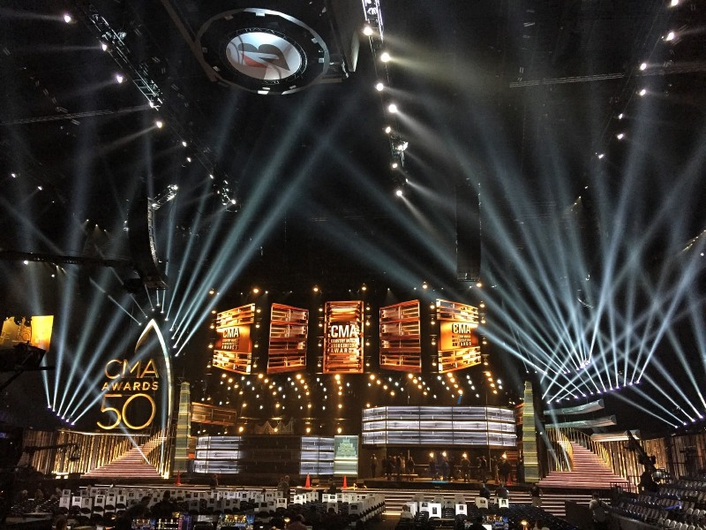 Sennheiser Digital 9000 Wireless System Shines in Cross-Genre Collaboration with Beyoncé and Dixie Chicks During 50th CMA Awards