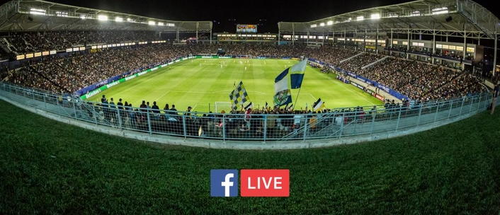 Facebook considering live sports broadcasts
