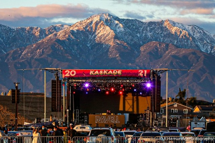 Kaskade Rings in the New Year with L-Acoustics