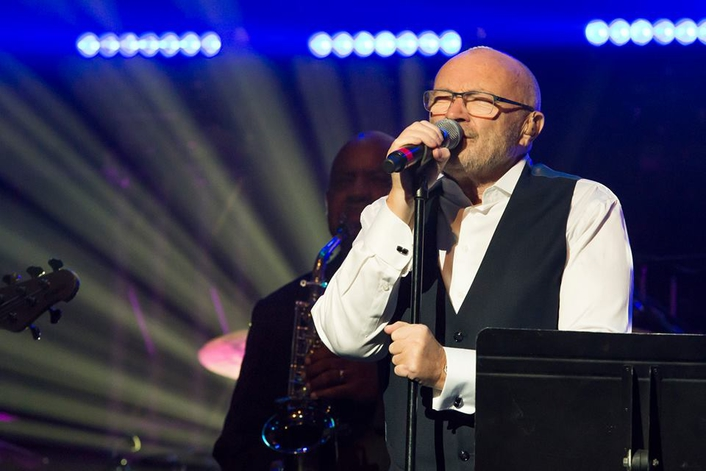 Elation ACL 360 Bars™ Light Phil Collins Performance at Little Dreams Foundation Benefit
