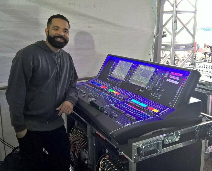 Allen & Heath's new dLive mixing system managed FOH, monitors and broadcast for a 30,000 capacity festival held in Sao Paulo, Brazil.