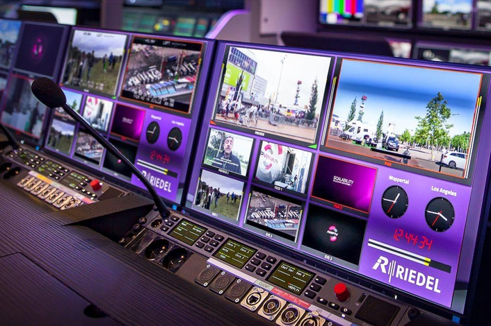 MediorNet MultiViewer App