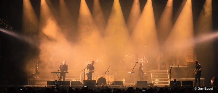 Clay Paky delivers 'beautifully haunting' looks on Mumford and Sons