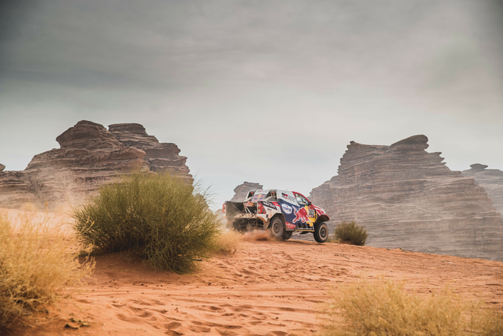 Al-Attiyah cuts Peterhansel's Dakar lead going into penultimate stage