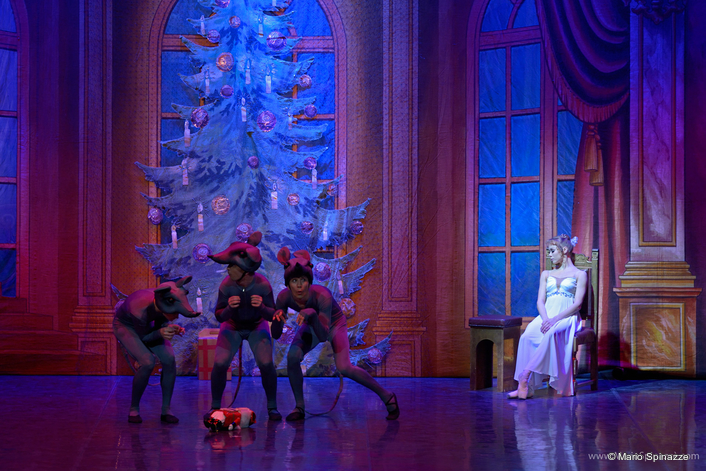 Philips Strand Lighting NEO Console goes on tour with Classical Ballet Moscow