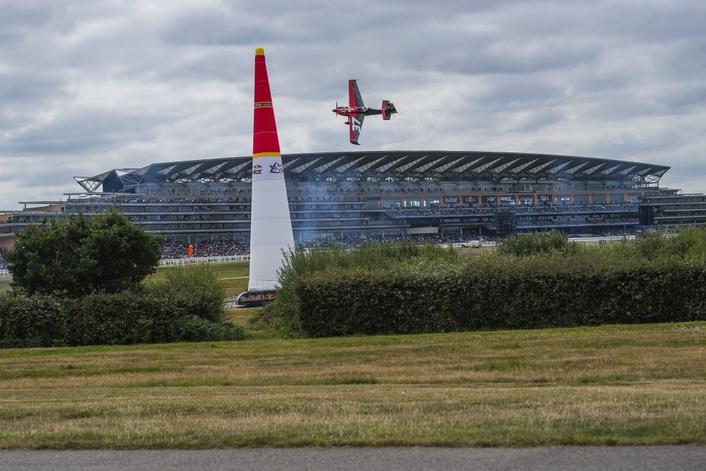 Australia's Matt Hall claims critical Air Racing win at Ascot