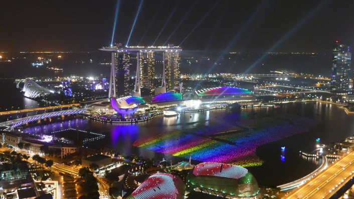 Wireless spectacular at Marina Bay Singapore
