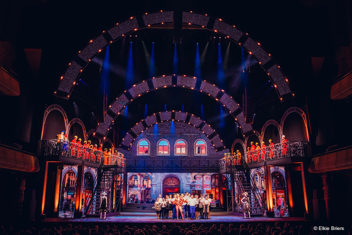 Painting with Light Works Smart for  Zoo of Life Production