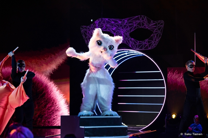 Hippotizer Reveals Visual Superpowers on The Masked Singer Finland