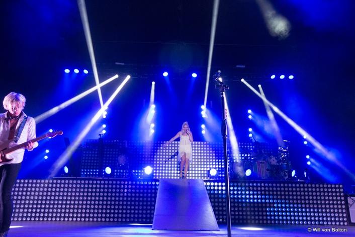 "Elation Lights Pop Rocker R5's ""Sometime Last Night"" Tour"