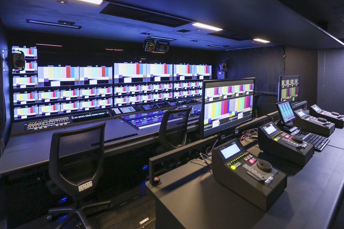 Riedel's state-of-the-art signal processing and intercom solutions have outfitted Nishio's Pioneering 4K OB Van.