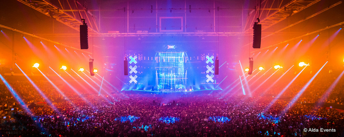 Nearly 400 Robe fixtures Catch the Beat  at 2015 Amsterdam Music Festival