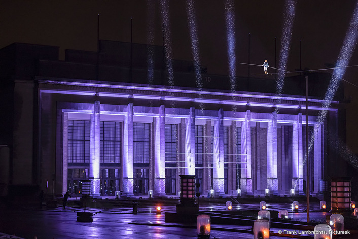 Laser Lights show in Brussels  Welcomes 2021