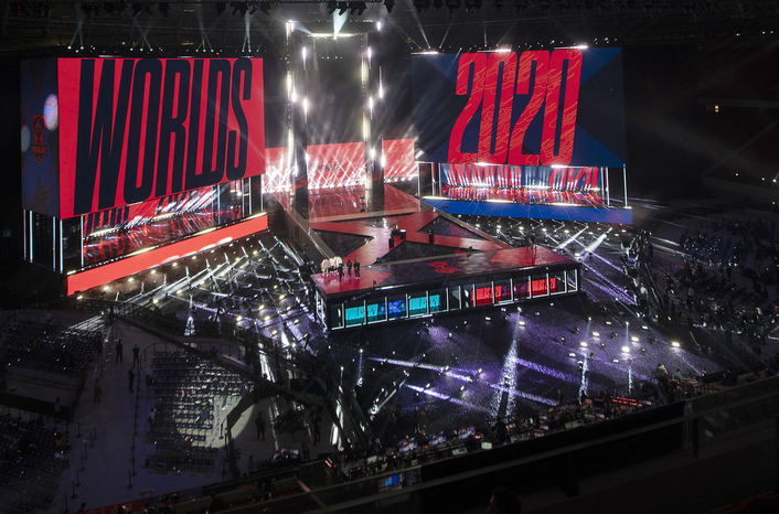 Robe RoboSpots in New League for  LOL Worlds 2020 Final
