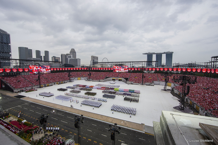 350 BMFL Blades for Vibrant SG50 Singapore National Day Celebrations