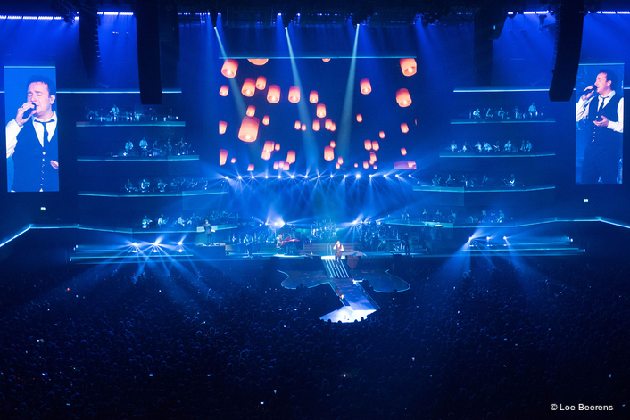 Over 250 Robe fixtures for  Symphonica in Rosso Shows