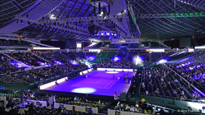 Robe Makes a Racket at WTA Finals