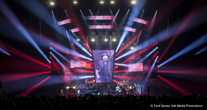Robe Spiiders Welcomed Home for  Zac Brown Band Tour