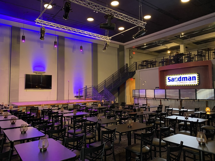 Versatile Elation rig covers acts and more at Sandman Comedy Club