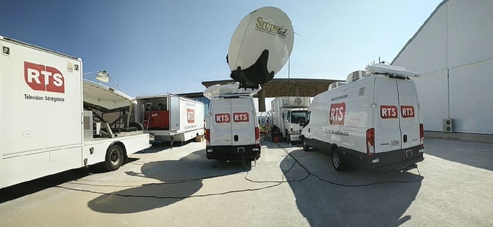 RTS OB van equipped with 10 HD camera on a trailer - Senegal