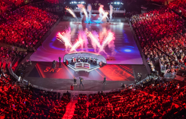 "Full remote production of LPL live China Premiere SMT Skyhawk Broadcasting Team alone with Tengjing Sports Help Shanghai to Create ""E-sports Capital"""