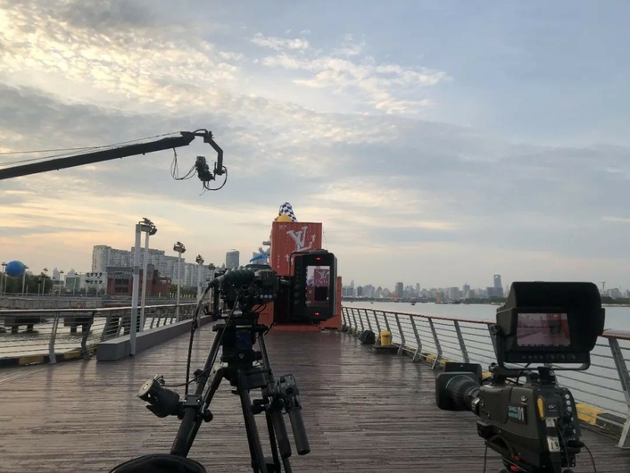 SMT Provides the Total Solution of the Omnimedia Matrix Live Broadcast Technology of the Louis Vuitton Spring and Summer Men's Show